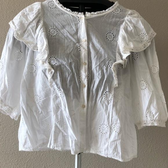 643c84b3 Zara Poplin Eyelet Ruffle Cropped Button shirt. M_5b7edf7ef41452bea83559e2